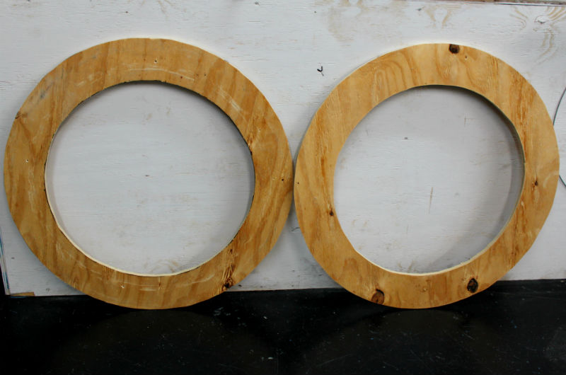 4 two rings