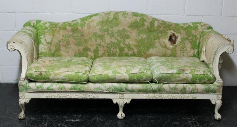 Haug sofa before blog